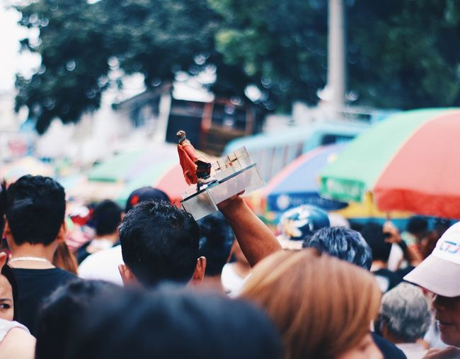 🇵🇭🇵🇭🇵🇭 Vscocam Sinulog Group Of People Crowd Real People Large Group Of People Men Music Focus On The Story Selective Focus Performance City Event Street Outdoors Arts Culture And Entertainment EyeEmNewHere