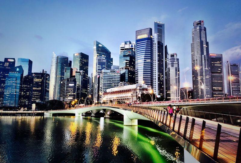 Singapore Built Structure Building Exterior Water Architecture City Office Building Exterior Building Cityscape Tower Sky River