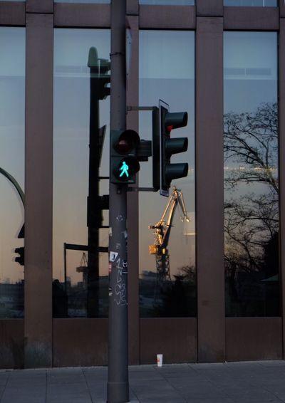 Illuminated Crossing Sign Streetphotography Reflection Sunset Hamburg