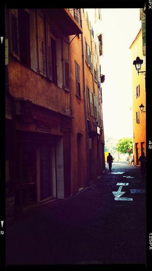 Streetphotography Grasse Frankreich Studienfahrt