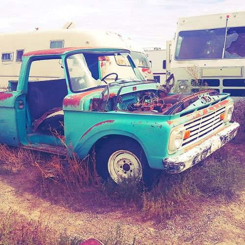 Old Turquoise Truck Urbex Ghosttown Carlitter Junk Exploration Awesome Oldstuff Ciscoutah Broken