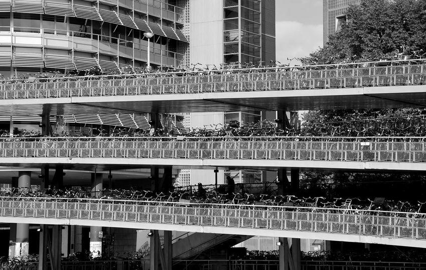 CyclingUnites Garage Bicycle Bicycle Garage Park House Bnw Architecture Building Exterior Schwarzweiß Bnwphotography Best EyeEm Shot Metal Art Metalwork Parkhaus Amsterdam Monochrome Photography Parkhaus Minimalist Architecture