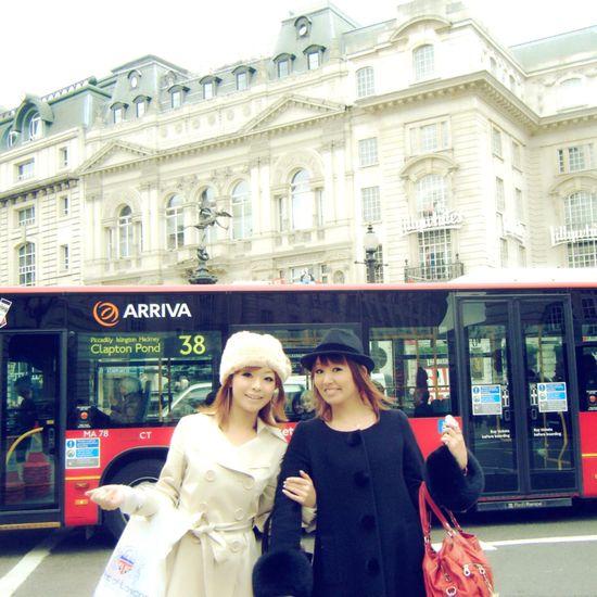 Miki Aya Bff London Traveling Memories London Bus