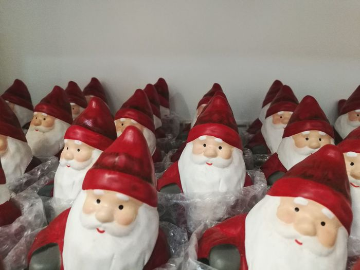 Figurine  Snowman Sculpture Red Santa Pai Natal Noël Christmas Decoration Christmastime Christmas Decorations Christmas Time Santa Claus Christmas Market Christmas Is Coming Christmas Gift