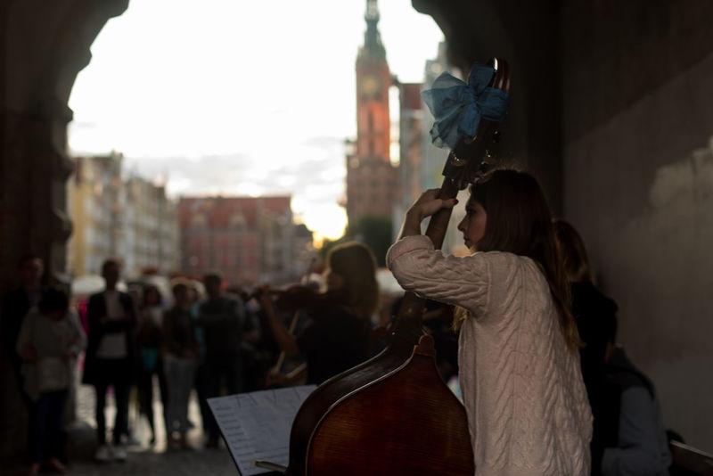 Classical Music Outdoors People Poland Polish Girl Polska Street Musician Street Musicians Streetphotography Travel Destinations Violin
