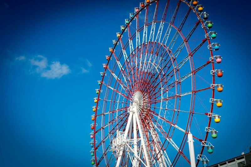Grande roue - Tokyo - Japon Nikon Photography Rollercoaster Travel Photography Travel Destinations Travel Japan Tokyo The Traveler - 2018 EyeEm Awards EyeEmNewHere Blue Sky Blue Amusement Park Ride Sky Amusement Park Low Angle View Ferris Wheel Arts Culture And Entertainment Nature Blue Built Structure Day Circle Leisure Activity Clear Sky Geometric Shape Outdoors Shape The Traveler - 2018 EyeEm Awards EyeEmNewHere