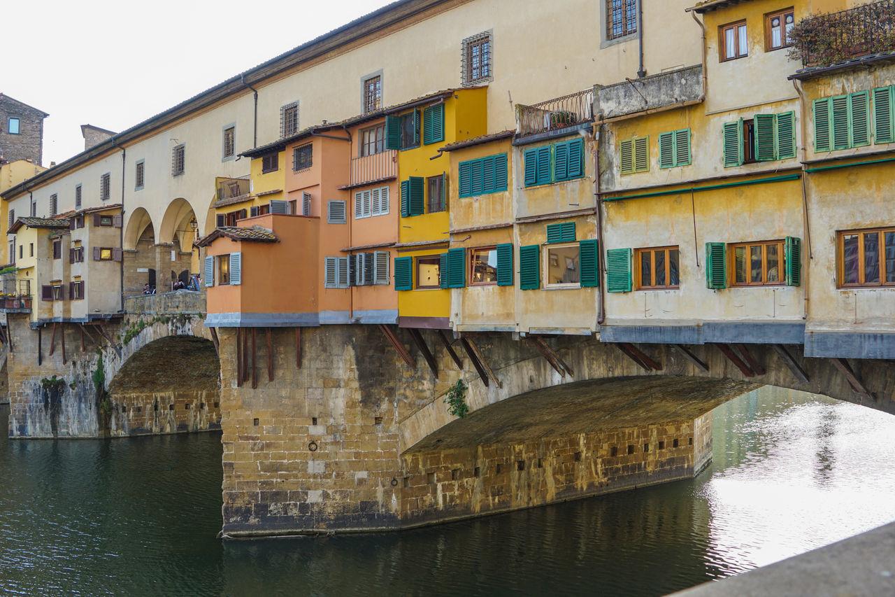 Ponte Vecchio Over Canal