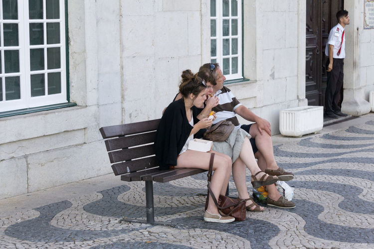 People sitting outside in Cascais, Portugal. Cascais Portugal Adult Adults Only Day Friendship Full Length Holding Legs Crossed At Knee Leisure Activity Outdoors People Real People Sitting Summer Togetherness Travel Destinations Women Young Adult Young Women