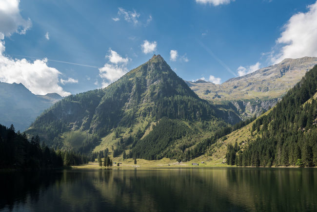 Berge Blau Grün Himmel Idylle Schwarzensee See Steiermark Tourismus Wald Wandern Weiss Wolken Österreich