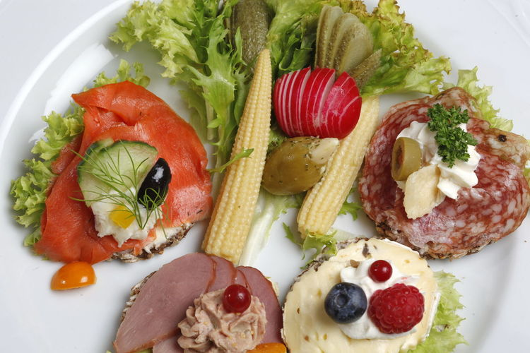 Cheese! Close-up Day Fingerfood Food Food And Drink Freshness Healthy Eating Indoors  Mais No People Plate Ready-to-eat Red Salad Salami Salmon Seafood Serving Size Studio Shoot Tomato Vegetable
