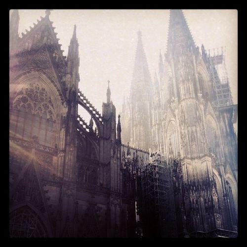 Kölner Dom Dom Köln Cologne Pictureoftheday Followme Follow Folgtmir NRW CoolCity City