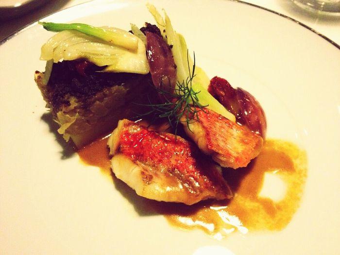Mais um jantar ao estilo ventura... Salmão e caviar