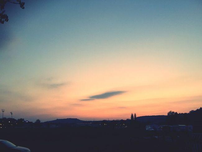 Evening Sky Evening Skies Evening Sunset Sunset Sky Sky_collection Sky Collection Abendhimmel Himmel Verfärbt Abenddämmerung Soir Ciel Soirée