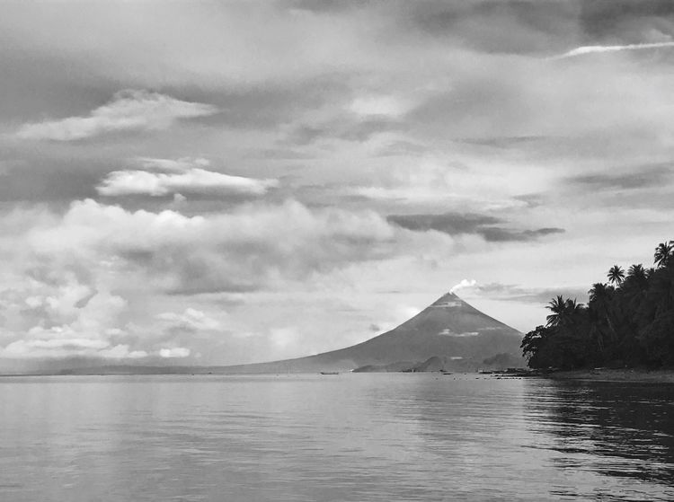 Vacations Travel Destinations Nature Mayonvolcano Mt Mayon Mayon Volcano Philippines Volcano Scenics IPhoneography Travel Philippines Wanderlust Travelgram Beach Horizon Over Water Beauty In Nature