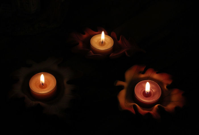 Halloweentime Candlelight Burning Candles Relaxing 43 Golden Moments