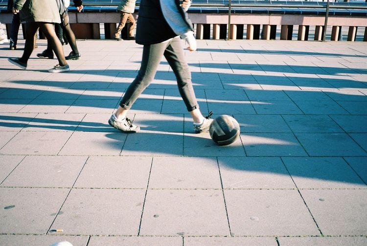 35mm Film Film Kodak Portra Barcelona Everyday Lives Enjoying Life Walking Hanging Out Walk This Way