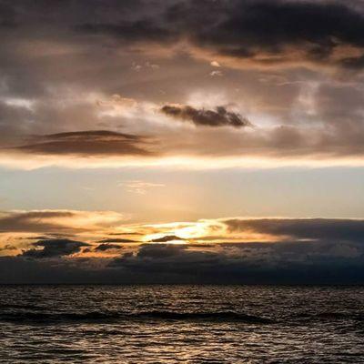 Clouds Cloud Nuvole Nuvola sea mare evening sera wonder sunsets sunset tramonto tramonti italia italy tuscany toscana versilia