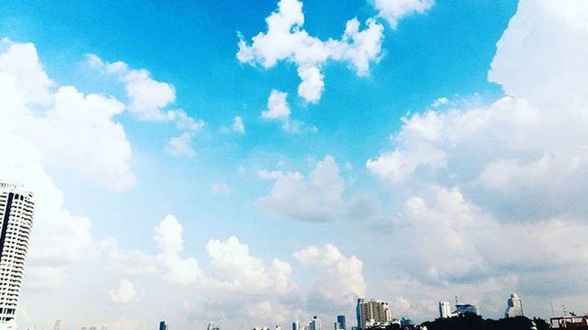 ทะเลสีคราม เกลียวคลื่นปุกปุย. □□XX□□ Blue Sky Colour Picture Vscothailand Vscocam VSCO Vscogood Vscophile Art Artist Hipster Street Thailand Style Photogrid Photographer Photoshoot Photograpy Photooftheday No Copy Lifestyle Me Bye .