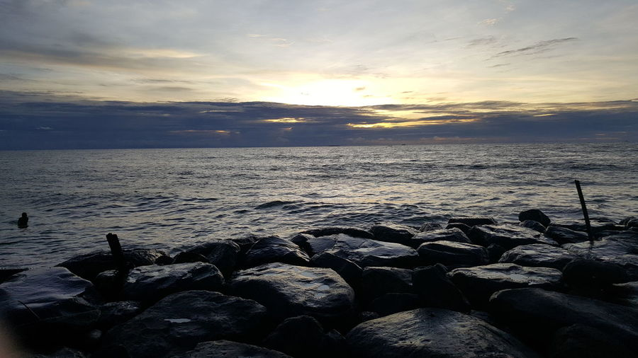 sanset in Taplau Padang Padang Taplau Sumatera Barat Panatai Bict Minang Minangkabau Muarolasak Water Sea Sunset Beach Sand Low Tide Sunlight Sky Landscape Horizon Over Water Pebble Beach Icicle Wave Frozen Lake