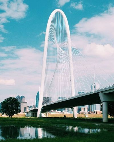 Marge, large and in charge. Calatrava Architecture Bridges Dallas Trinityriver Vscophile Vscocam Vscogood Instadfw Instapic Igpic Mydtd Clouds Dallasisdallas