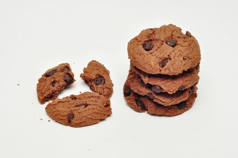 Choco Chip Cookies Cookie Baked Sweet Food Food And Drink Raisin Food Brown No People Studio Shot Indoors  Freshness Ready-to-eat Day Chocolate Chip Cookies Close-up White Background Food And Drink Healthy Eating Choco Choco Chip Cookies