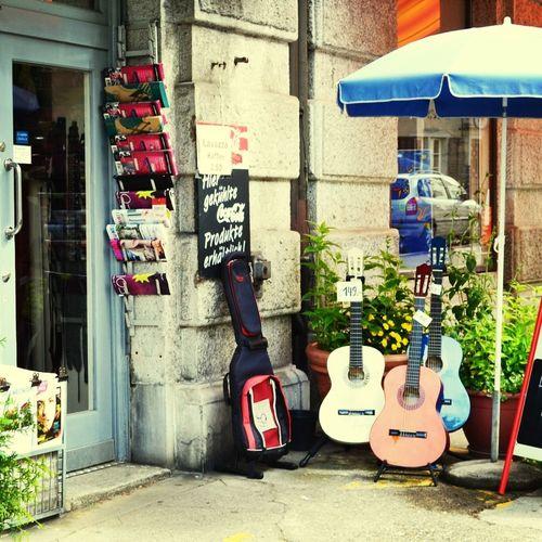 Holidays, Current, Kiosk Zurich Summer