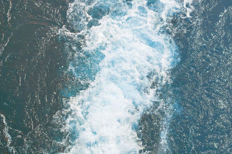 Water waves Sea