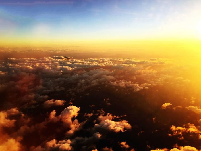 My playground From An Airplane Window Clouds Chasing Sunsets Sunset Cloudporn Amazing View Traveling Enjoying Life EyeEm Nature Lover EyeEm Best Shots