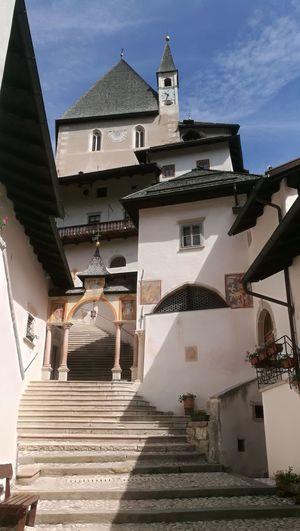 Eremo di San Romedio Santuario San Zeno Val Di Non Eremo Di San Romedio Chiesa Montagna Orso Storia History Beauty Architecture