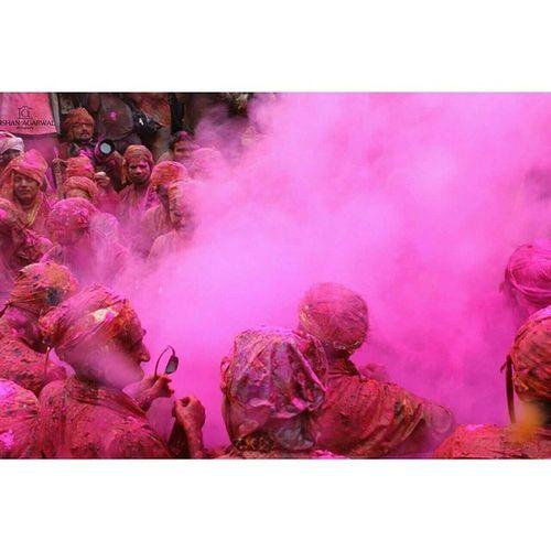 Ishanagarwalphotography Holiday Lathmarholi Offsetimages offsetartistcolourspinkgreenyellowredorange