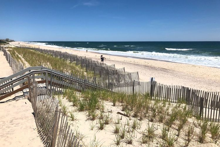 Ready for an endless summer Southhampton Outdoors Breeze East Coast Vacation Long Island Summer Endless Seascape Ocean Atlantic Ocean Dunes Sand Sea Water Beach Horizon Over Water Sky Horizon Land Nature Beauty In Nature Scenics - Nature Sunlight Day Clear Sky Sand Tranquil Scene Tranquility Fence