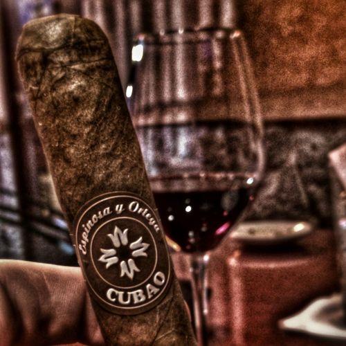 Cigar Wine Vino