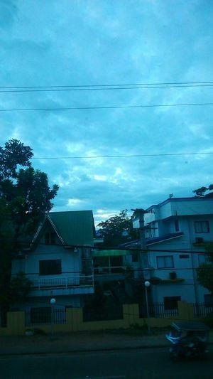 Ang gloomy sa labas:-  need good song to brighten my day :-) ?