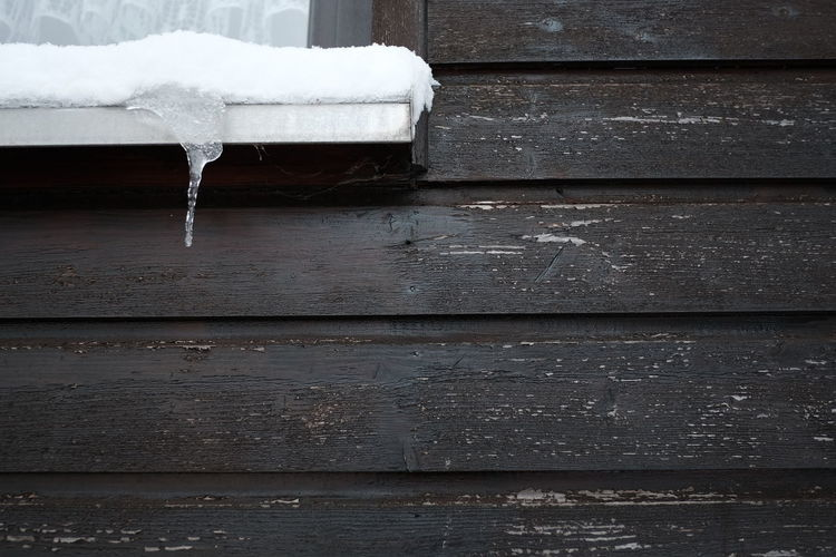 Wood - Material Cold Temperature No People Winter Day Frozen Snow White Color Wood Seat Absence Table Outdoors Ice Bench Close-up Nature Boardwalk High Angle View Snowing Winter