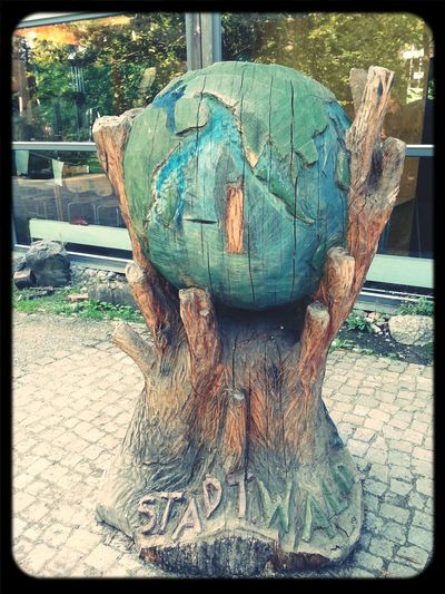 Nature Wood Art World