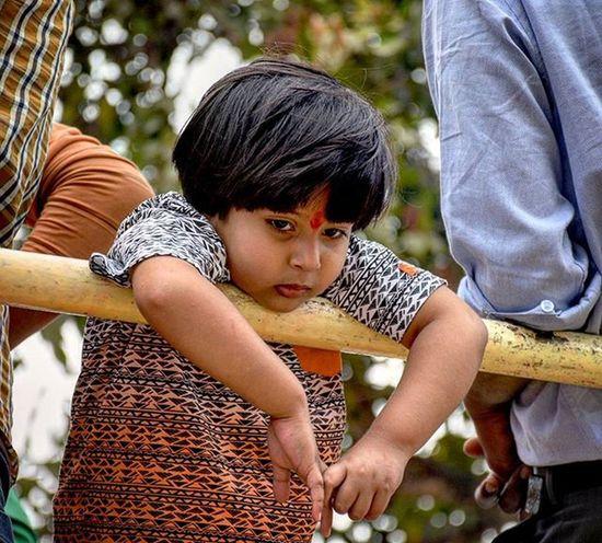 Every 1 is busy.. no 1 luvs me 😳 Photography Indiaphotography Indian India Sad Cute Childmodel Nikon D7200 Nikkor Iamexclusive Iamnikon Iamshutterbug