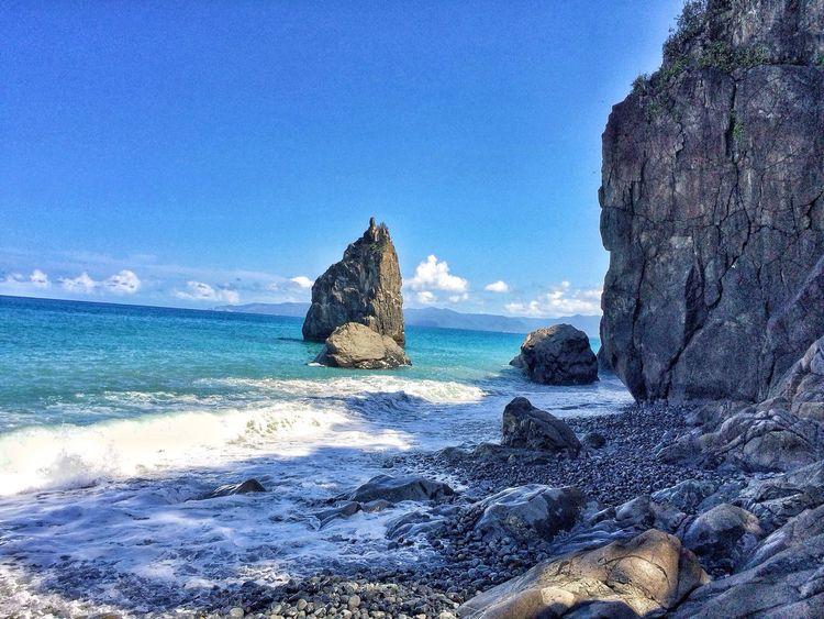 Guess what? Itsmorefuninthephilippines IloveBalerAurora Ampirbaler Naturelover Waves Stoneage Eyem Best Shots Topphotos PhilippinesDestination Summerislove