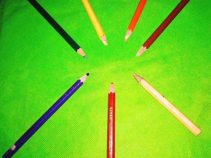pencils colour on green carpet Pencil Pencil Drawing Pencilart Pencil Art Pencil Sketch  Pencildrawing Pencil Colour Pencilcolors Pencils ✏✏ Pencil Colors Pencil Magic Insect Close-up Green Color