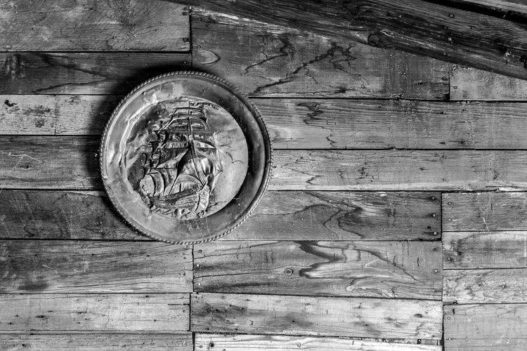 Black & White Black And White Black And White Photography Black&white Blackandwhite Blackandwhite Photography Blackandwhitephotography Circle No People Plate Round Wall Wall Hanging Wood - Material Wooden