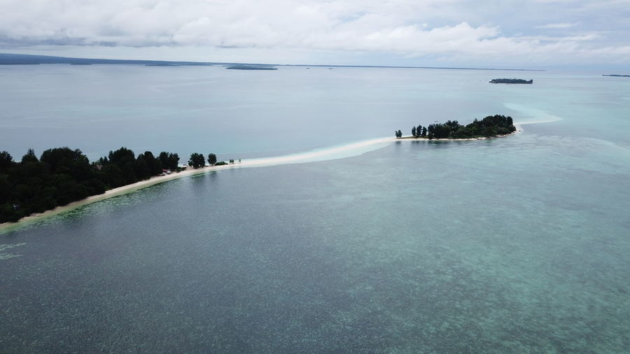 Dodola Besar and Dodola Kecil Island, Morotai Island Regency, North Maluku (Mollucas) Aerial Shot DJI Mavic Pro DJI X Eyeem Drone  Aerial View Beach Beauty In Nature Day Dji Horizon Over Water Island Maluku  Maluku Utara Mavic Pro Morotai  Morotaiisland Nature No People Outdoors Scenics Sea Sky Tranquil Scene Tranquility Water