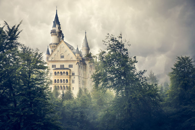 Bavaria Neuschwanstein NeuschwansteinCastle Nuvole Architecture Building Exterior Built Structure Day Fiabe Germany Low Angle View Nature No People Outdoors Place Of Worship Religion Schwangau Sky Spirituality Tree