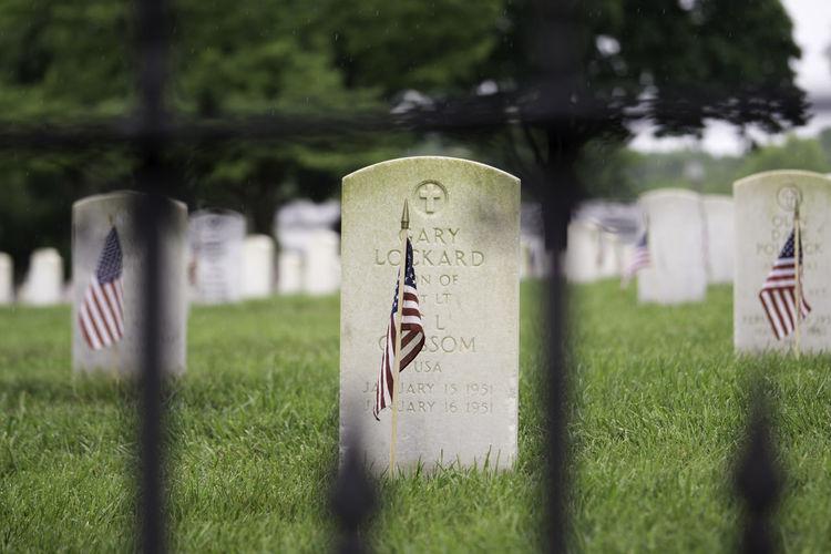 Memorial Memorial Day Memories War Memorial Flag Gravestone Remember Remembering Remembrance