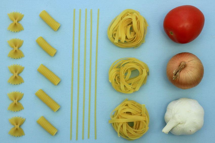 Garlic Knolling Spaghetti Tagliatelle Close-up Day Farfalle Food Food And Drink Freshness Healthy Eating Indoors  Italian Food Knolling - Concept Macaroni No People Onion Pasta Raw Food Spaghetti Still Life Tomato