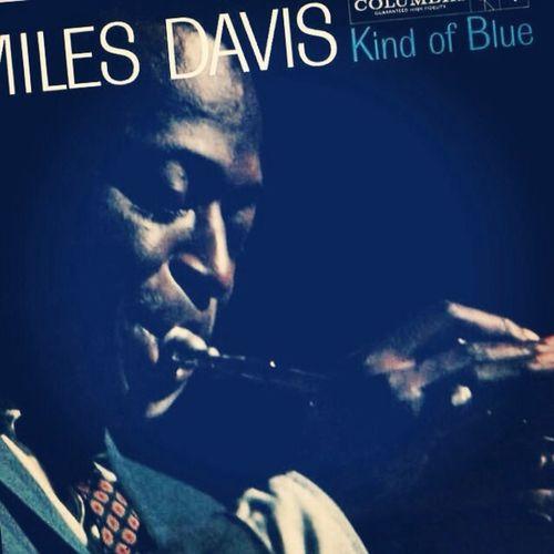 A la cama LikeABOSS Bnas noches Jazz Milesdavis Kindofblue