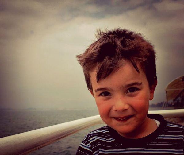 Eye4photography  Child Photooftheday Burak Miraç DEMİR dayısının gülüüüüğ