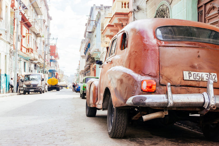 Architecture Been There. Cars City City Street Cuba Havana Taking Photos Walking Around Architecture Building Exterior Built Structure Car City Day Land Vehicle Mode Of Transport Outdoors Road Street Streetphotography Transportation Vintage Cars