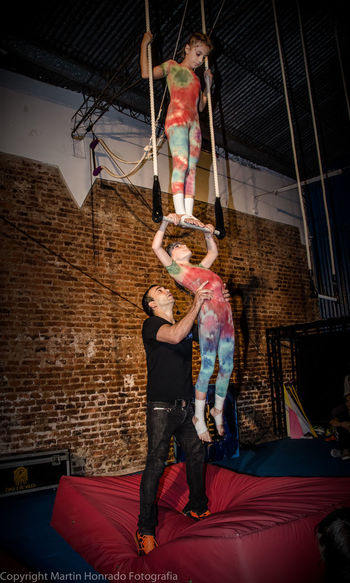 Acrobacia en Argentina Acrobacy Acrobat Acrobatic Acrobatics  Circo Circus Hands At Work