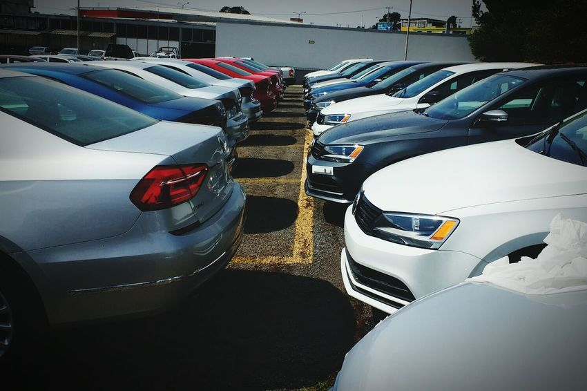 Everything In Its Place Cars Carsofeyeem Volkswagen Volkswagens Jetta Jetta♡ Jettamk6 Jetta Colors Carscollection Auto Automobile Automobiles SonShine CarShow