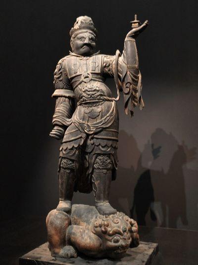 常設展の毘沙門天立像。 毘沙門天 仏像 上野 東京国立博物館 東博