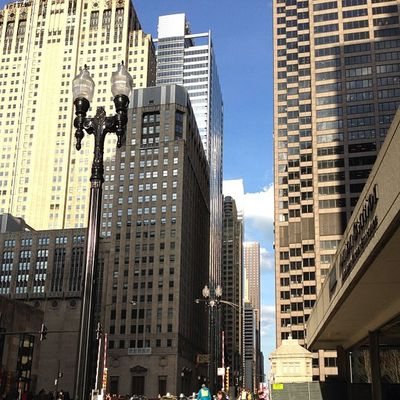 Chicago is just so beautiful to me whenever I see it. I love my city. Chicago